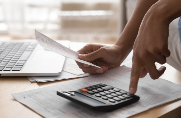 Como lidar com a dívida com uma renda baixa