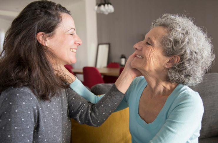 Como falar com pais idosos sobre finanças