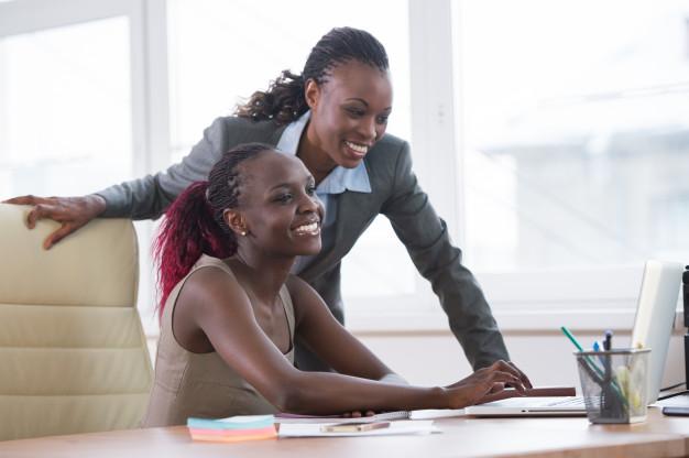 Pesquisadores apontam que desemprego entre pretos, pardos e indígenas aumentará em 2021