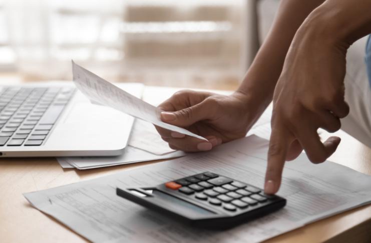 Como estimar quanto tempo levará para saldar a dívida