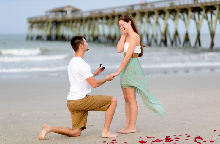 Tendências de anéis de noivado que não vão estourar seu orçamento