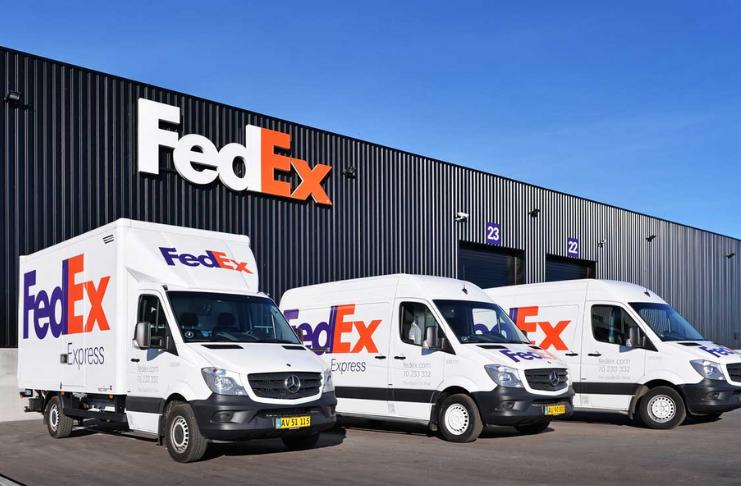 FedEx diz que está cortando até 6.300 empregos na Europa