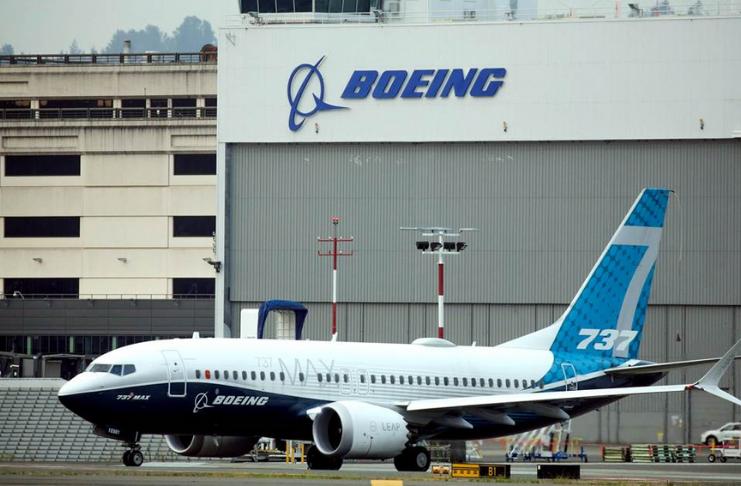 Boeing relata forte final para seu pior ano em décadas