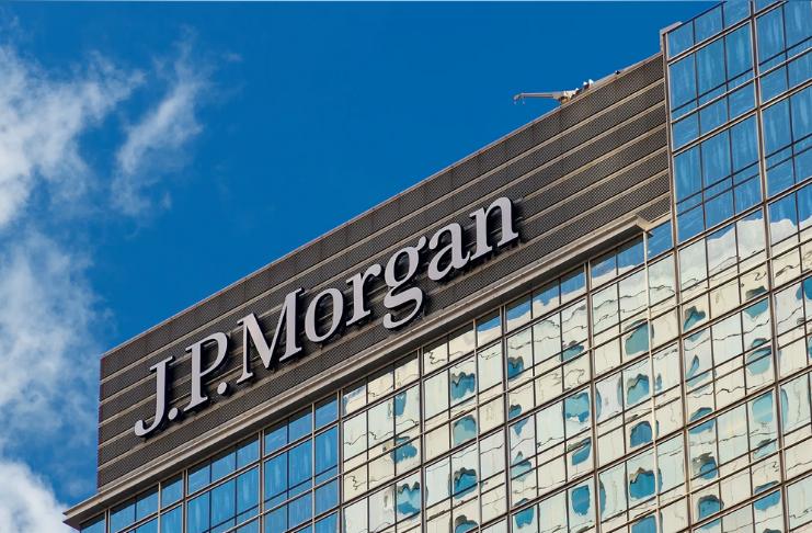 O JPMorgan Chase acaba de anunciar um lucro trimestral recorde. Mas seu CEO ainda está nervoso
